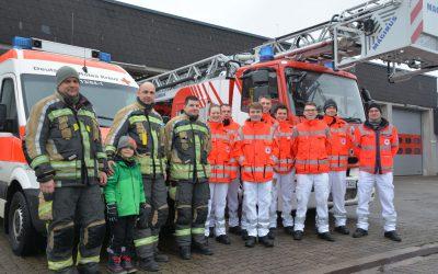 Feuerwehr und Rettungsdienst tauschen die Seiten