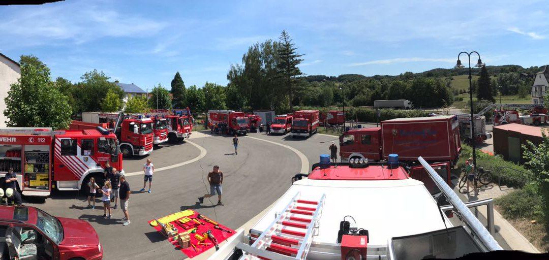 Feuerwehr zum anfassen beim Tag der offenen Tür