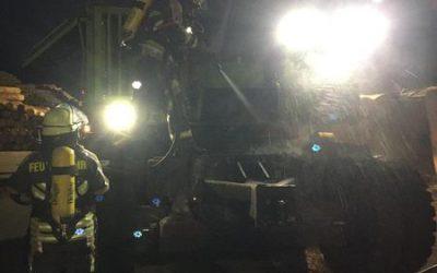 281- 29.10.2019 – Brand eines Baggers – Ramstein Industriegebiet